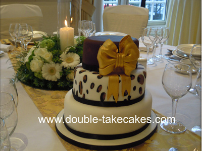 Gold Bow Wedding Cake